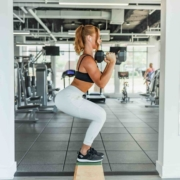 Die besten Trainingspläne für Frauen: Ganzkörper-Training und Split-Training