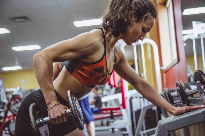 Fortgeschrittener Ganzkörper-Trainingsplan für Frauen